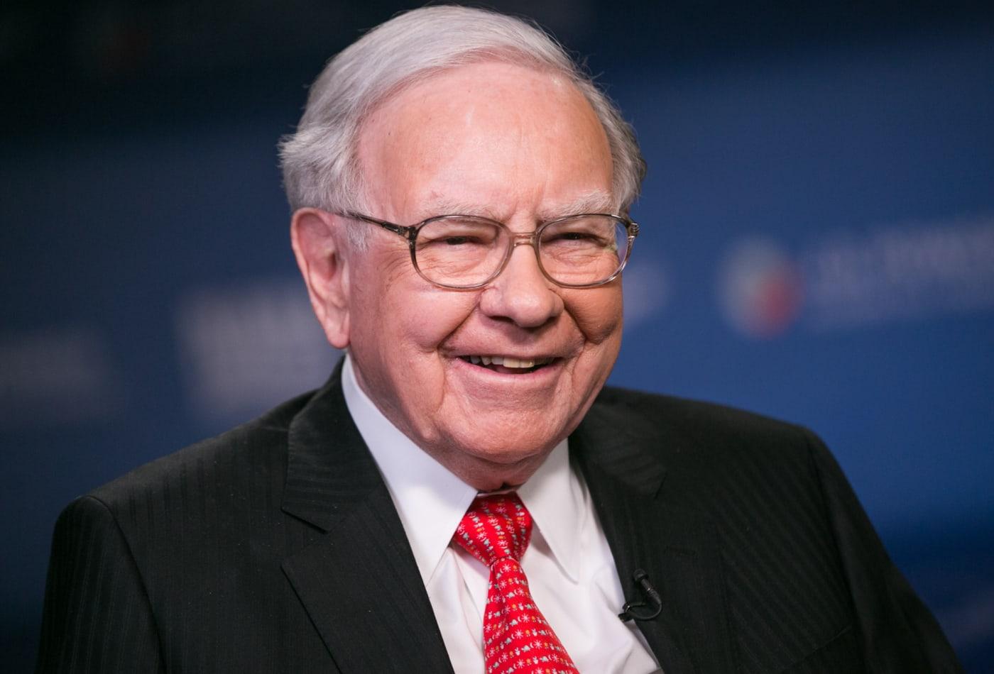"""hg - سخنان سرمایه گذار معروف """"وارن بافت"""" برای سرمایه گذاری"""