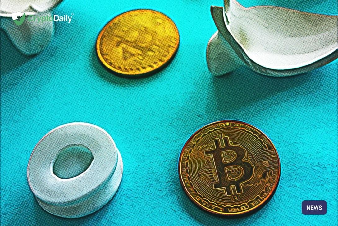 طلا 1 - به عقیده پیتر شیف احتمال شکسته شدن رکورد قیمت طلا بیشتر از بیتکوین است