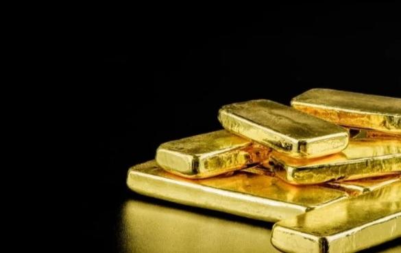طلا 2 - طلا رکورد ۹ ساله قیمت خود را زد، بیت کوین نیز در انتظار عبور از مقاومت خود است