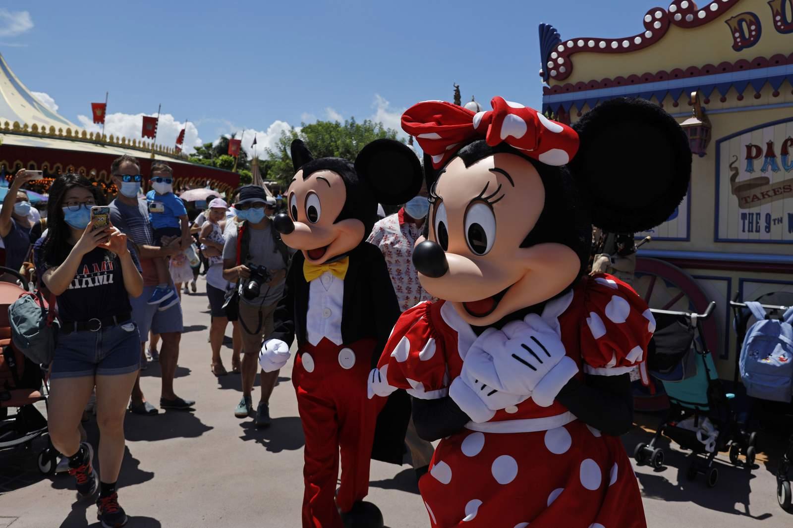 Disneyland Hongkong - تعطیلی مجدد Disneyland در پی شروع موج دوم کرونا در هنگ کنگ!