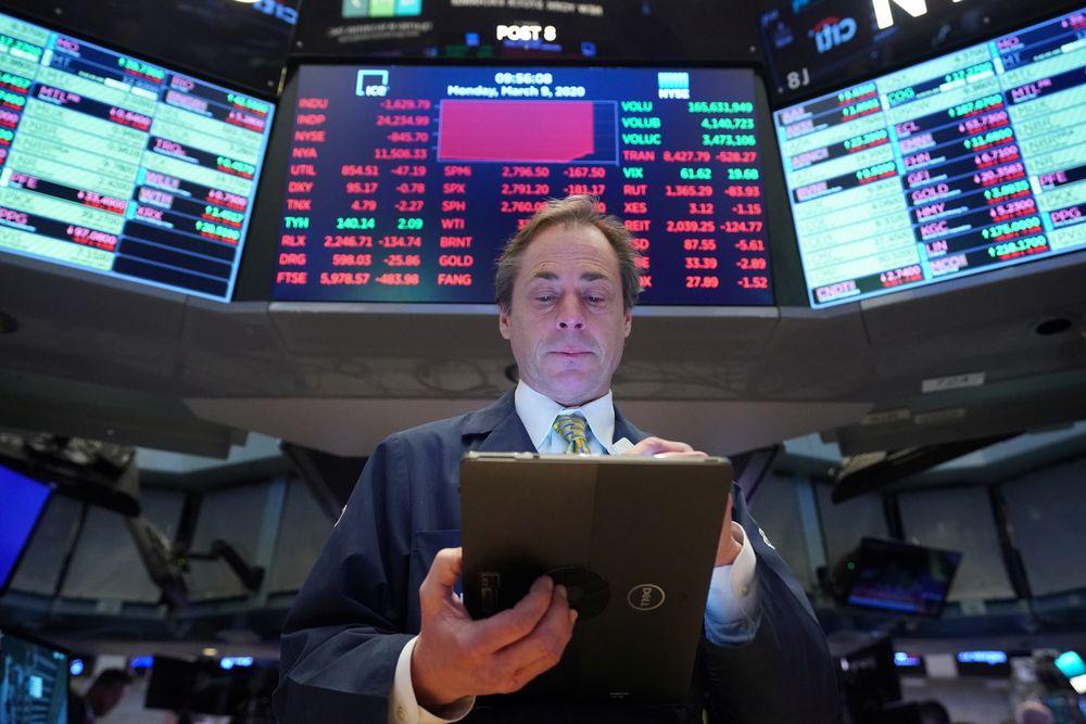 """USA STOCKS BLACK MONDAY 20200309 - شاخص """"S&P 500"""" به بهترین نرخ سه ماهه خود از سال 1998 تا به حال دست یافت!"""