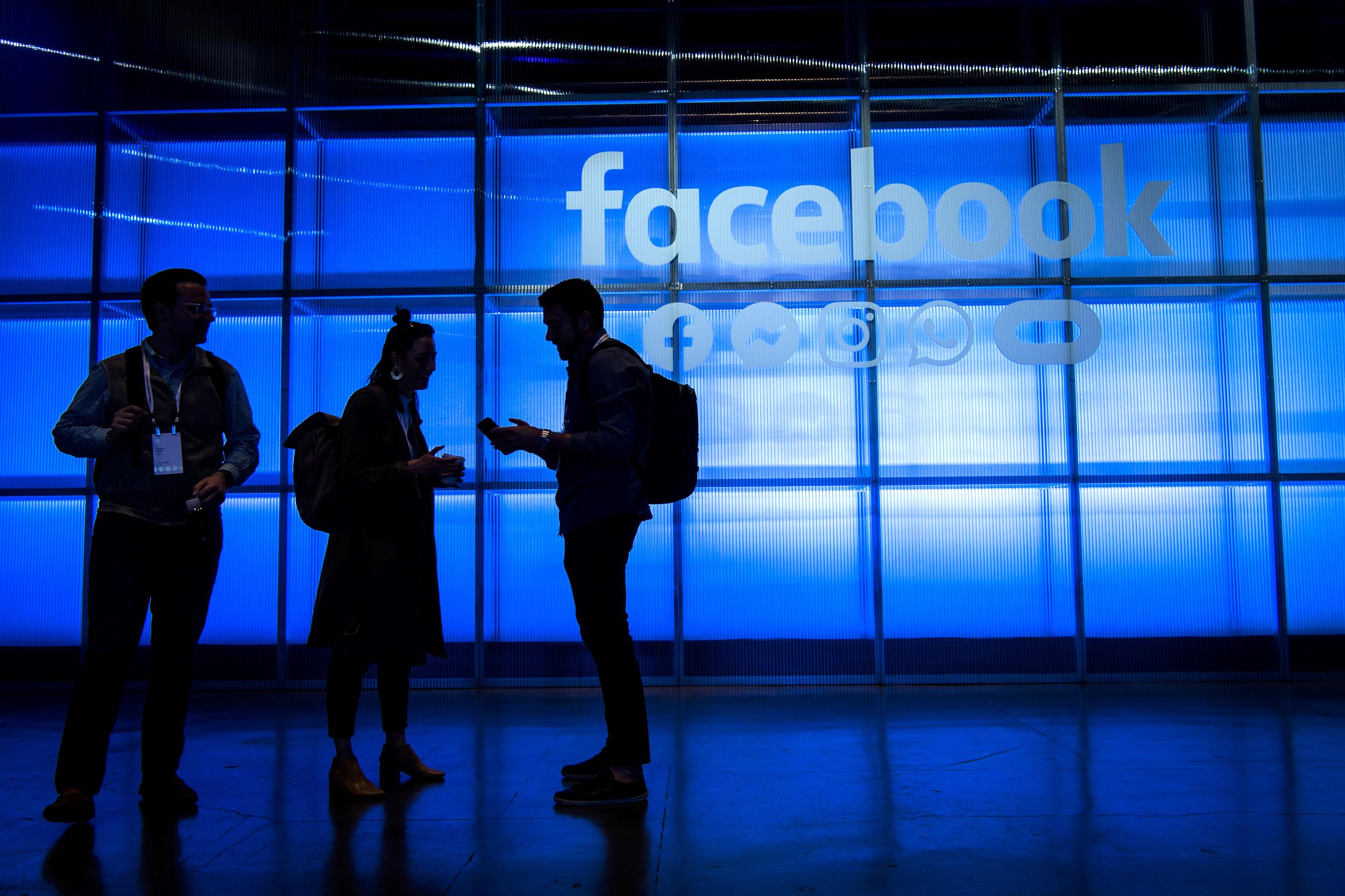 190611 facebook al 1422 3470d3f8a17421149353fb60aee862d5 - فیس بوک محصولی شبیه TikTok را در اینستاگرام عرضه می کند!!!