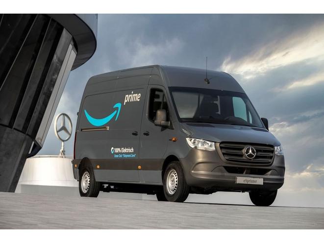Amazon Mercedes - قرارداد جدید آمازون و مرسدس بنز!