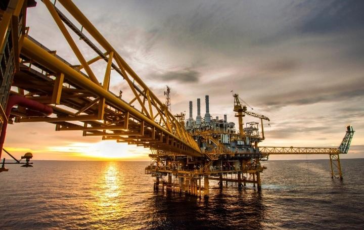 نفت 2 - برد دموکراتها برای نفت و گاز خوب است