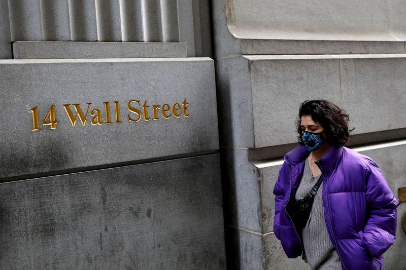 WallStreet  - 5 نکته در بازار سهام که این هفته باید در نظر بگیرید