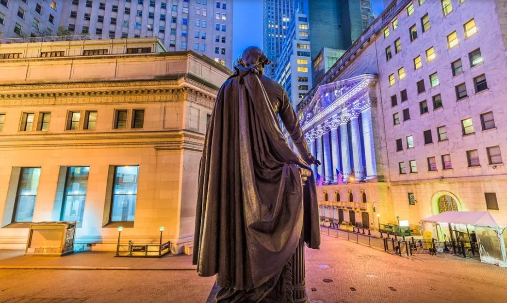 بازار سهام 6 - به دنبال افزایش موارد ابتلای کرونا، معاملات آتی بازار سهام آمریکا ریزش کرد