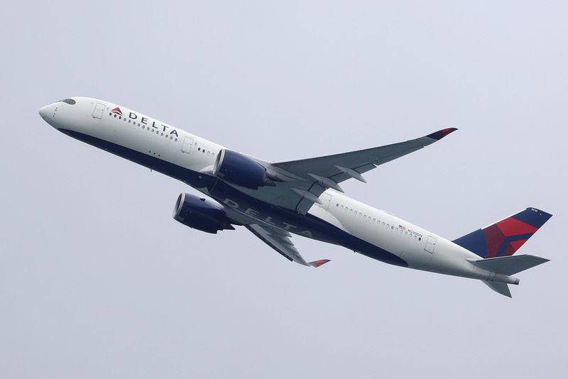 """Delta - مدیر عامل خطوط هوایی دلتا: """"تا بهار امسال درآمد ما مثبت می شود"""""""