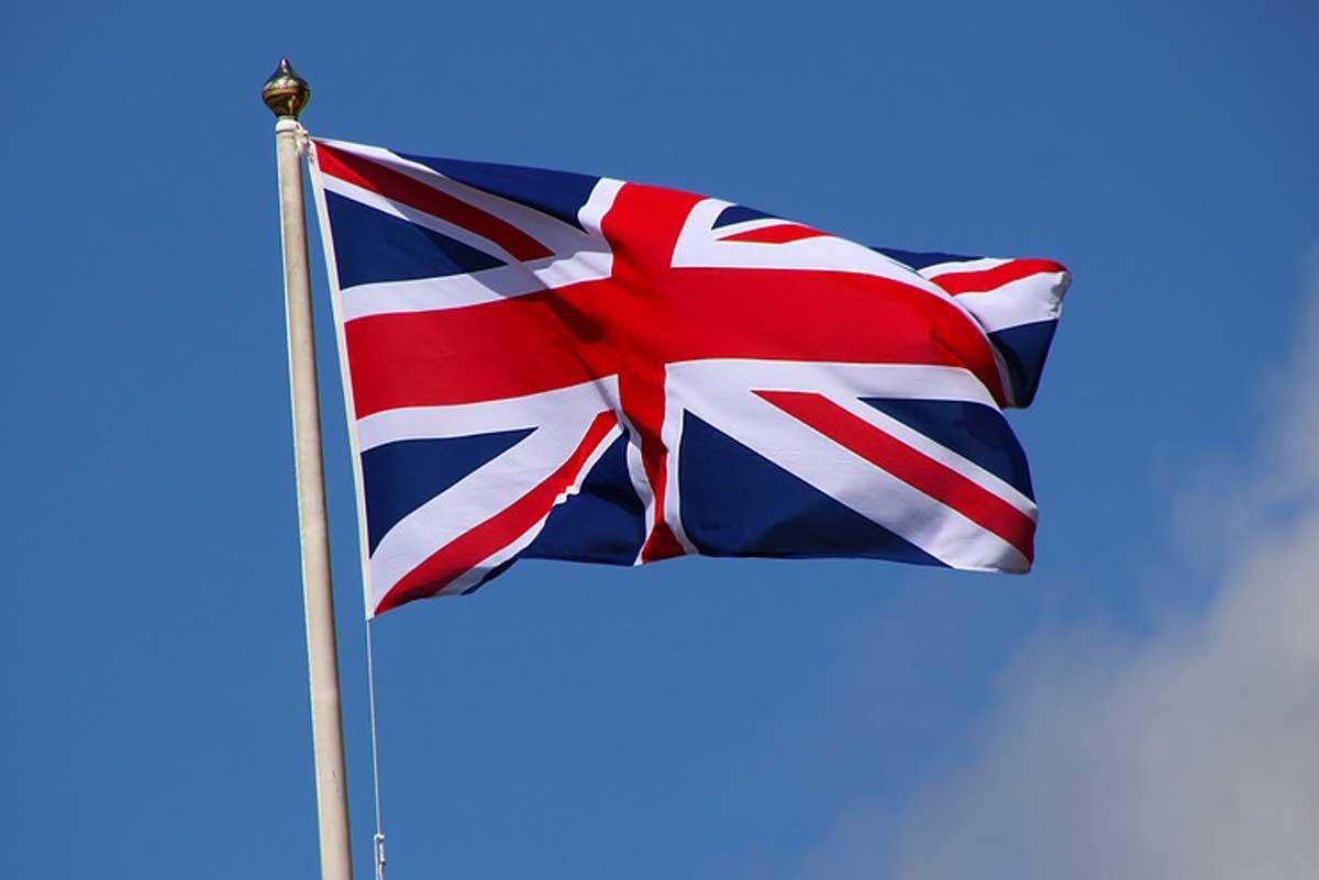 انگلستان 1 - بازگشاییها در انگلستان در طول پنج هفته انجام میشود
