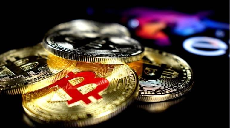 Bitcoin cryptocurrency 770x433 1 - صرافی کوین بیس در رونمایی نزدک بالغ بر 100 میلیارد دلار ارزش گذاری شد.