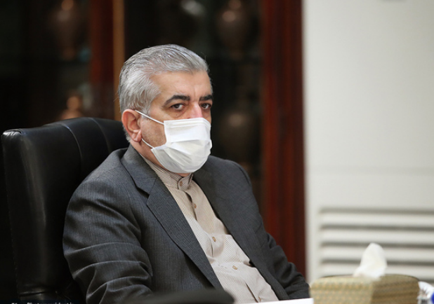 اردکانیان - وزیر نیرو در مجلس استخراج ارزهای دیجیتال را علت قطعی برق عنوان کرد