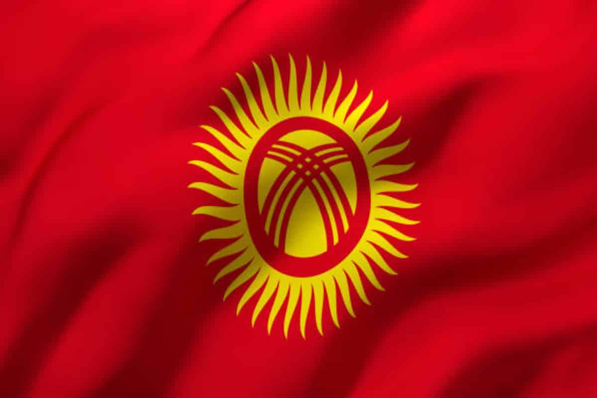 Webp.net resizeimage 71 - مزرعه استخراج قرقیزستان در محل اقامت خصوصی:  118 دستگاه استخراج بیت کوین توقیف شد