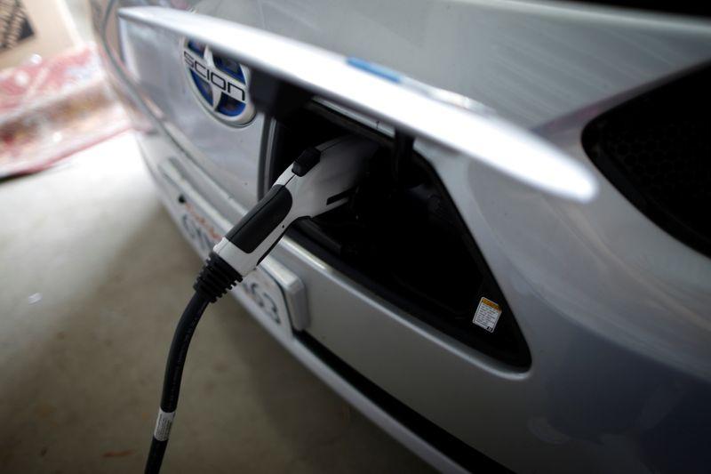 LYNXMPEH8A00I L - دموکرات های مجلس نمایندگان آمریکا، اعتبار مالیاتی خودروهای برقی را تا 12،500 دلار پیشنهاد می کنند