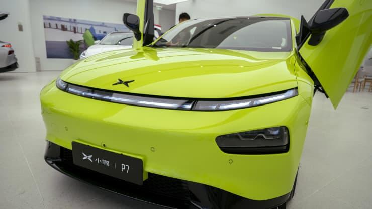 106934101 1630033646925 gettyimages 1234074907 xpeng004 - سازنده خودروهای برقی  Xpeng، ویژگی های کمک راننده تسلا را به چالش می کشد