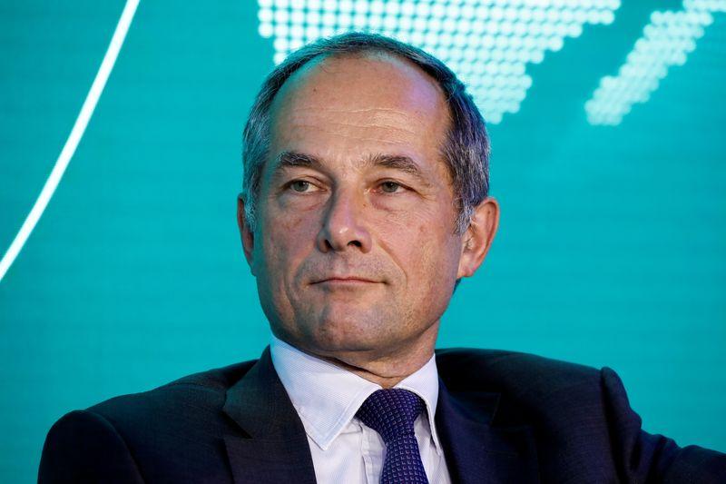 LYNXMPEH9F09Y L - مدیر عامل SocGen پیش بینی می کند که رشد درآمد در سال 2022 متوسط باشد