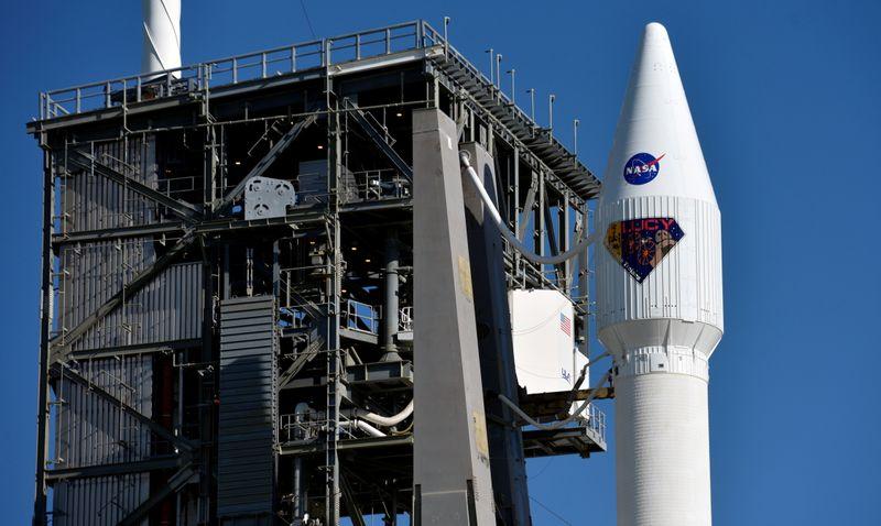 nasa - ناسا اولین کاوشگر فضایی را برای مطالعه سیارک های تروای مشتری پرتاب کرد